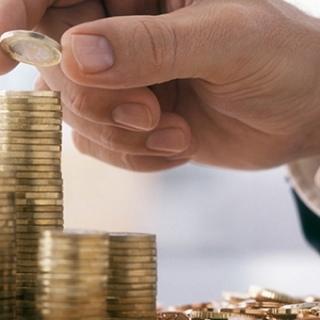 Какова связь между микрофинансированием и сокращением бедности?