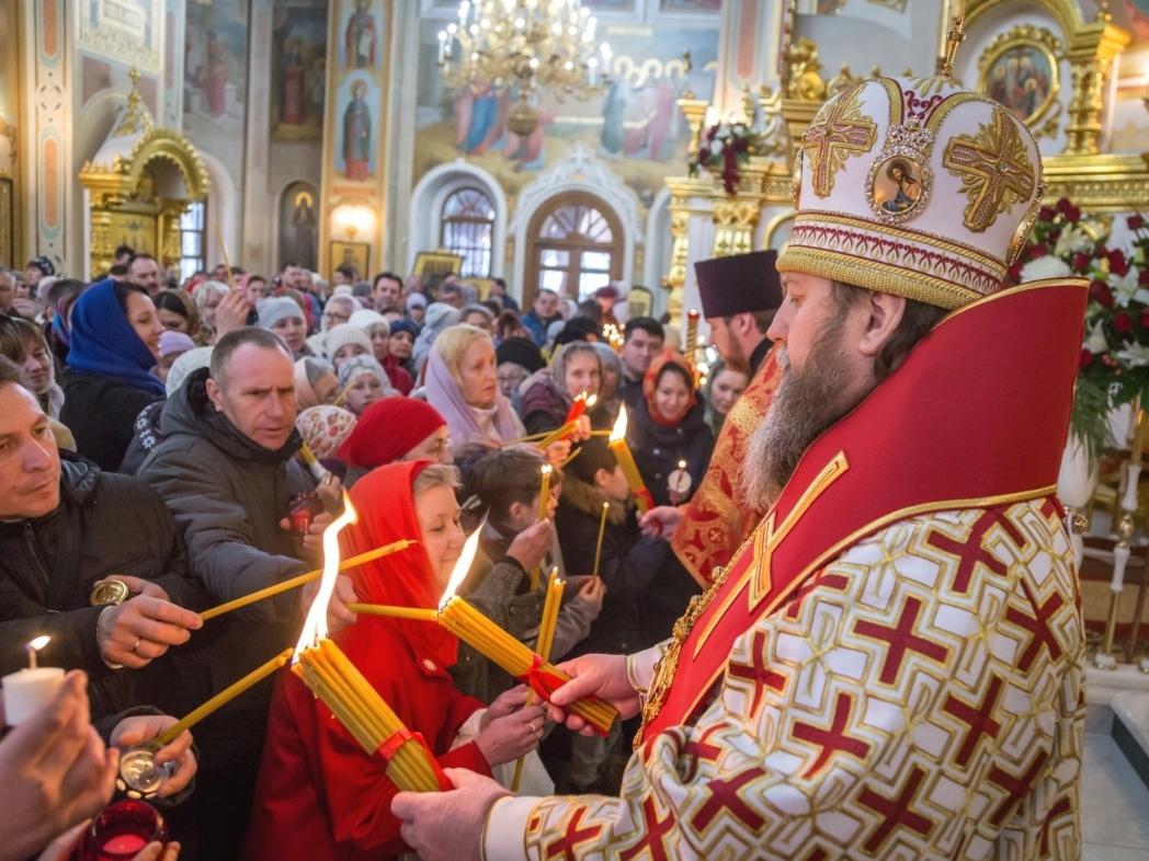Благодатный огонь привезут в Ижевск 2 маяСвятыню