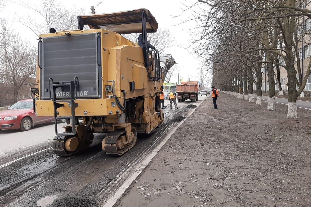 В городе Таганроге стартовал ремонт улиц по нацпроекту «Безопасные качественные дороги»