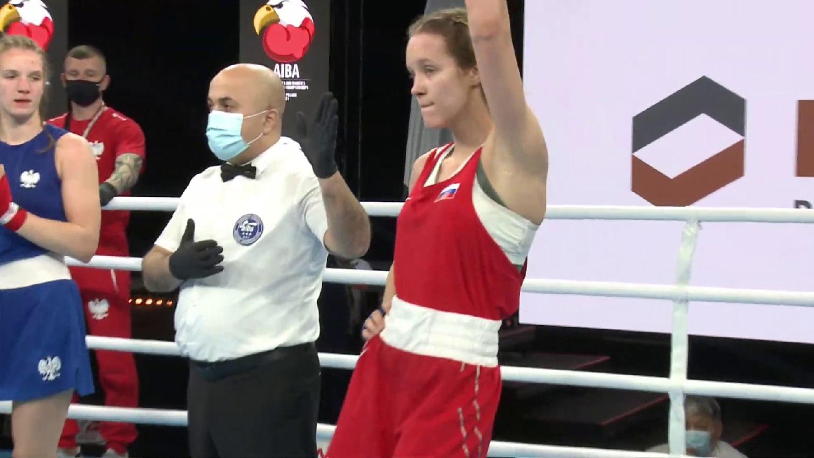 Азалия Аминева уложила в полуфинале Первенства Мира по боксу спортсменку из Чехии