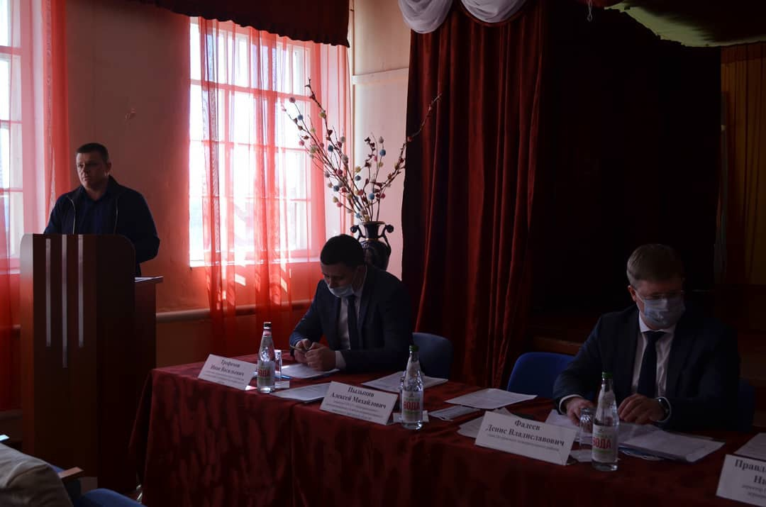 В Петровском агропромышленном лицее прошло рабочее совещание с аграриями района