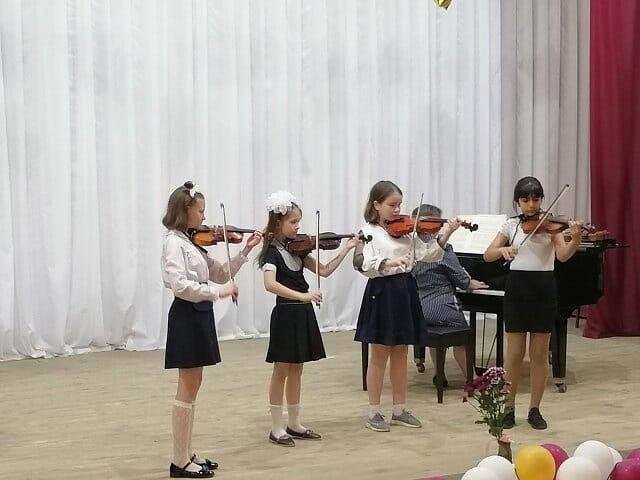 В детской школе искусств Петровска подвели итоги учебного года и провели отчётные концерты каждого отделения
