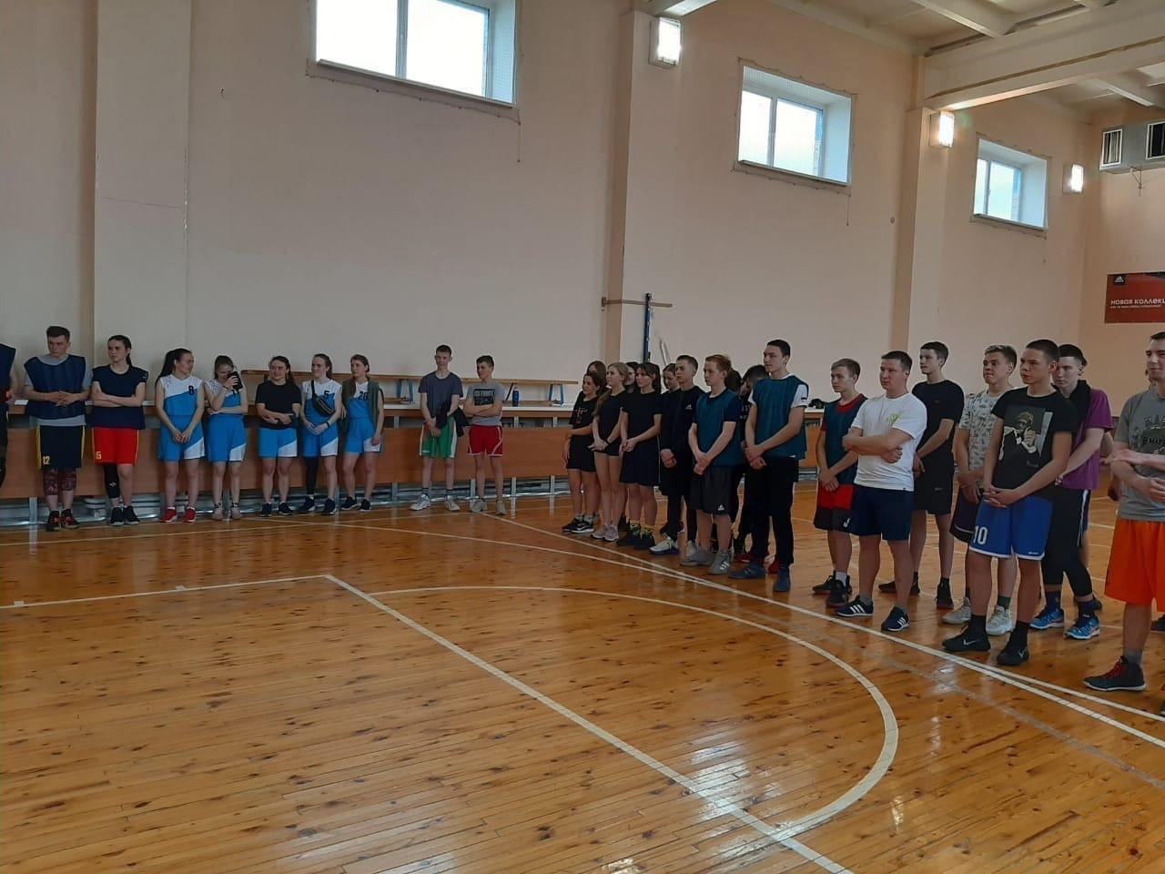 В селе Пычас прошли суточные соревнования по