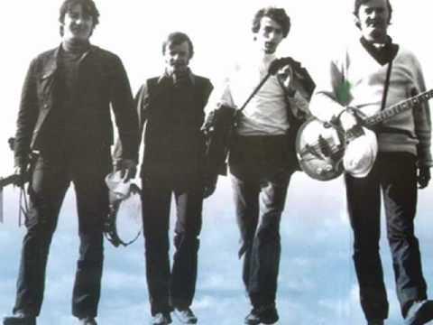 Z obłoków na ziemię Krzysztof Klenczon i Czerwone Gitary