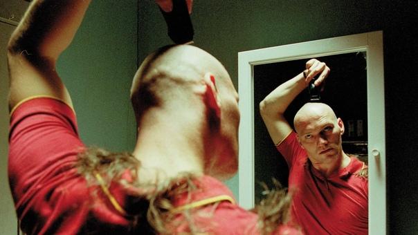 """Художественный фильм """"Ангелы вселенной"""" (2000)"""