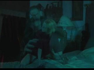 Джеки Фогель (Jacki Voge)  секс инцест в фильмеЧерная лента (США,2007)