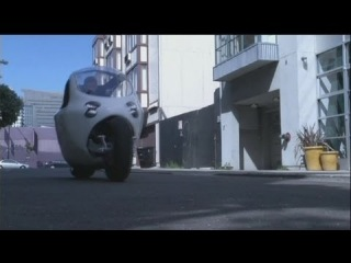 euronews hi-tech - Stable and safe an electric motorbike with car comforts