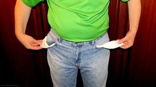 Граждан теперь могут заставить вывернуть свои карманы в магазине: новые решения суда