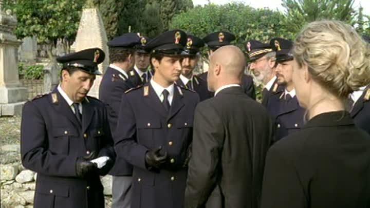 Комиссар Монтальбано 01x03 [Il commissario Montalbano Detective Montalbano] 1999-2001 ozv