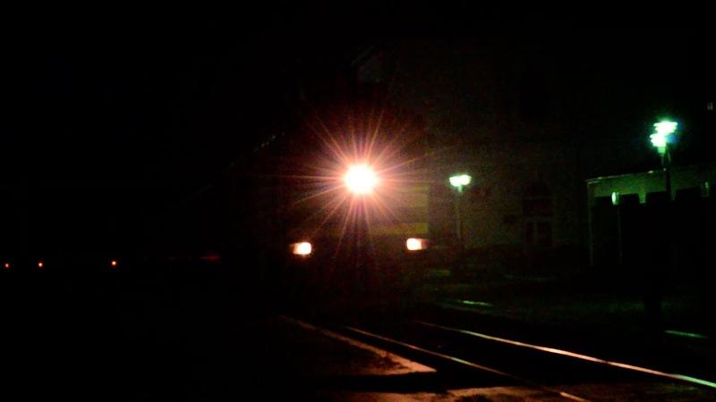 2ТЭ116 1324 1207 с поездом №116 Бердянск Киев и приветливая бригада